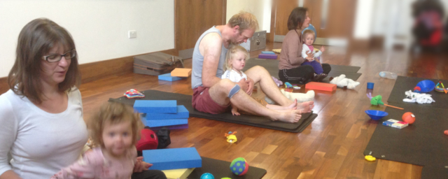 Mums & Dads doing yoga with their toddlers